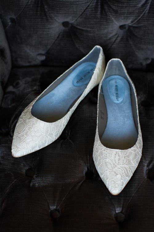 Lace-bridal-flats