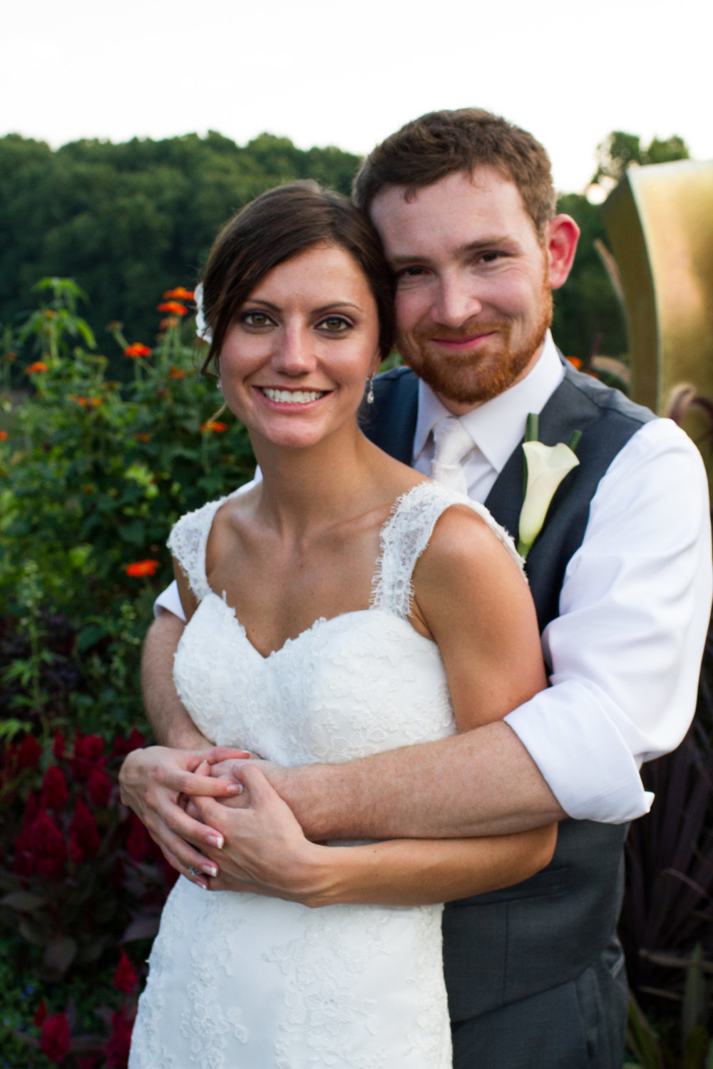 Bridal portraits Meadowlark Botanical Garden Wedding Vienna wedding photographer