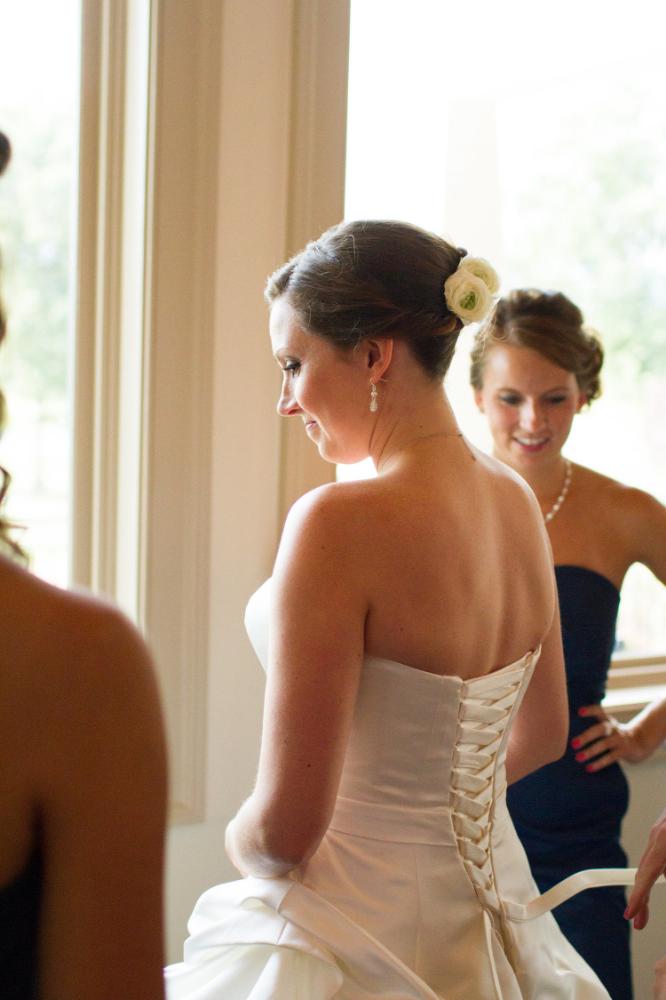 Bride getting ready | Haymarket wedding