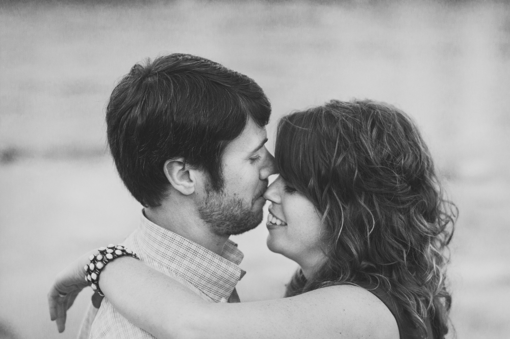 Black and white engagement inspiration | Lorin Marie Photography