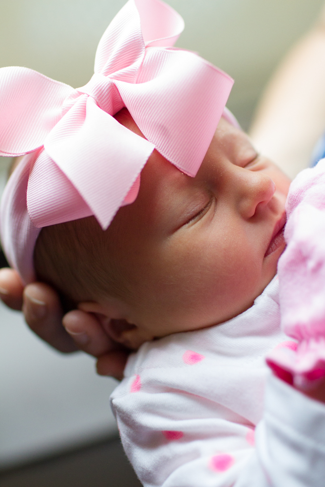 Newborn layette outfit | Lorin Marie Photography