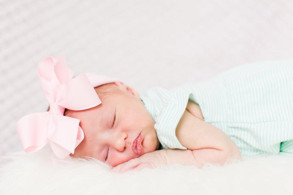 Pink newborn bow