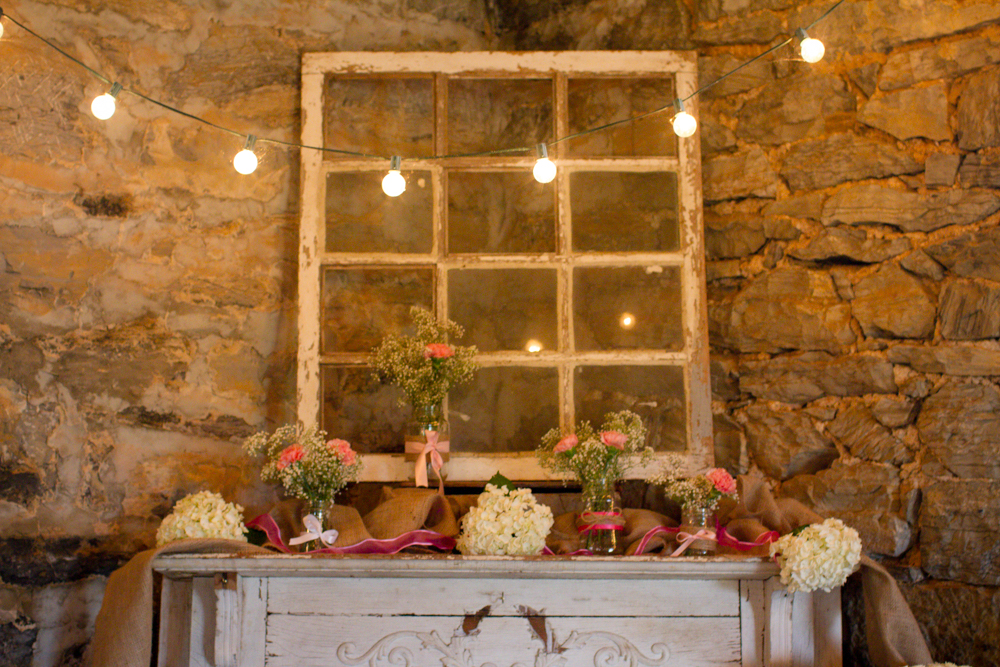 Wedding mantle | Lorin Marie Photography