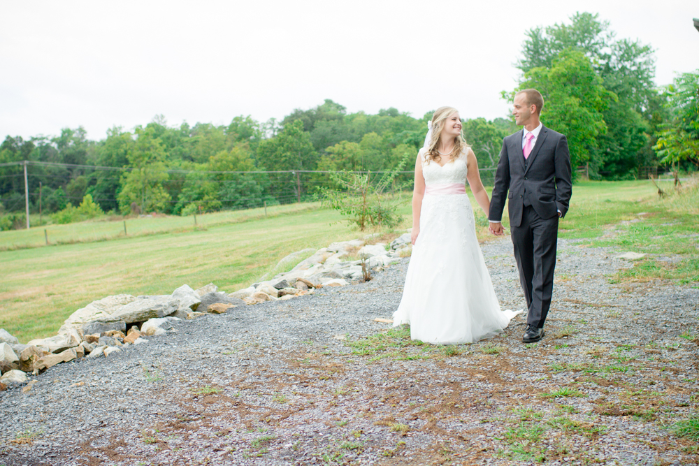 First look wedding | Lorin Marie Photography