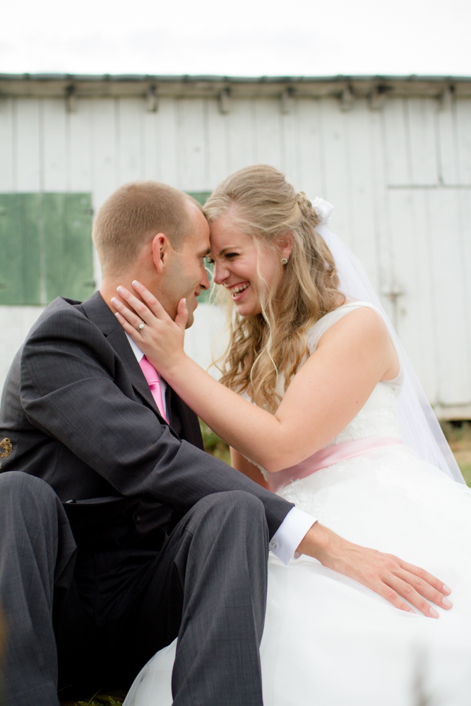 Cloverdale Barn Winchester wedding | Lorin Marie Photography