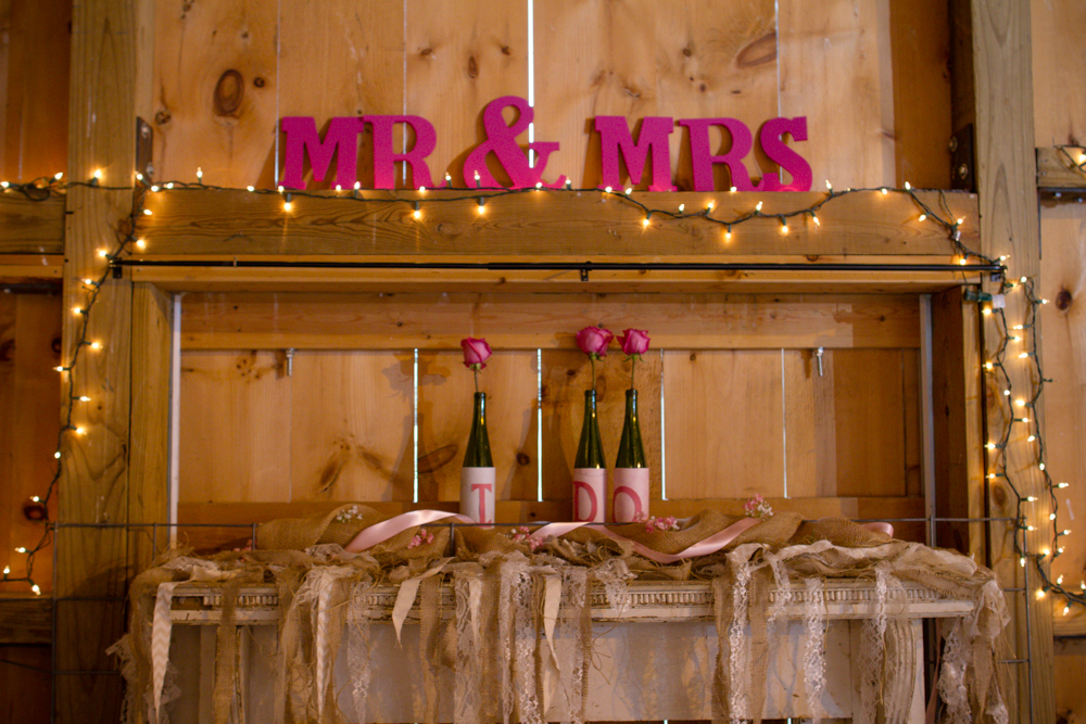 Mr. and Mrs. wedding sign | Lorin Marie Photography