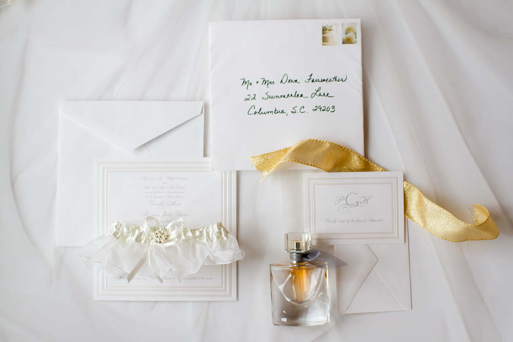 White and silver wedding invitation | Lorin Marie Photography