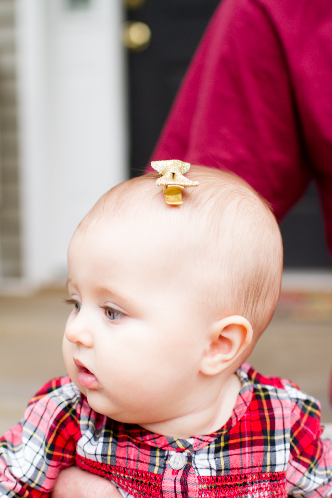 Sparkly gold baby bow | Lorin Marie Photography