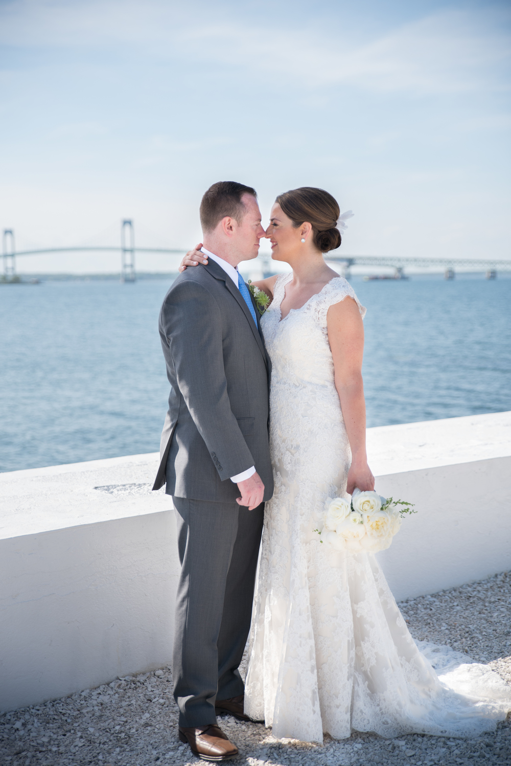 Belle-Mer-Newport-Bridge-wedding-photography