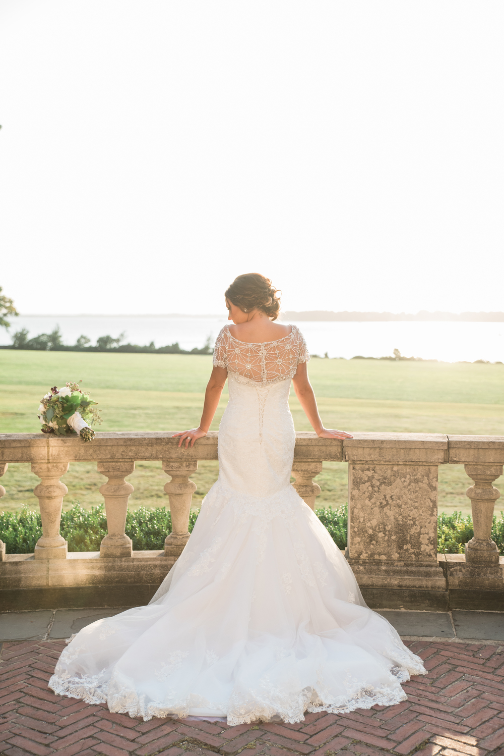 Blithewold Mansion bride in Bristol, RI - must take photo