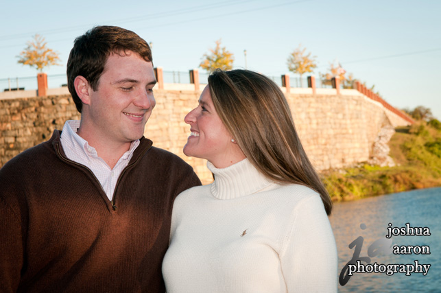engagement photo at the riverfront park columbia sc