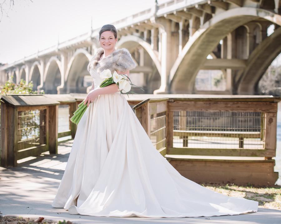 caroline-bridal-portrait-gervais-street-bridge