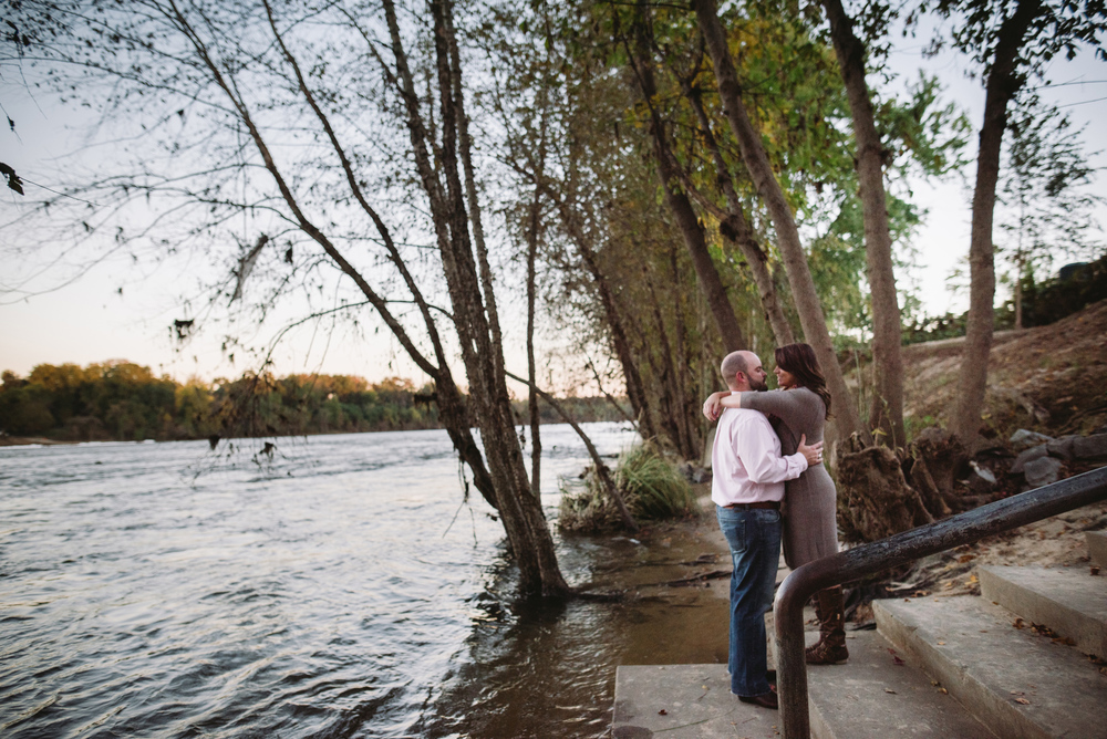 emilee-price-engagement-session-horseshoe-riverwalk