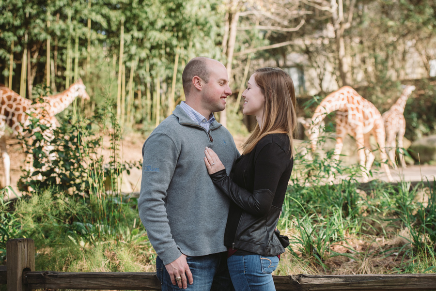 engagement session at the zoo