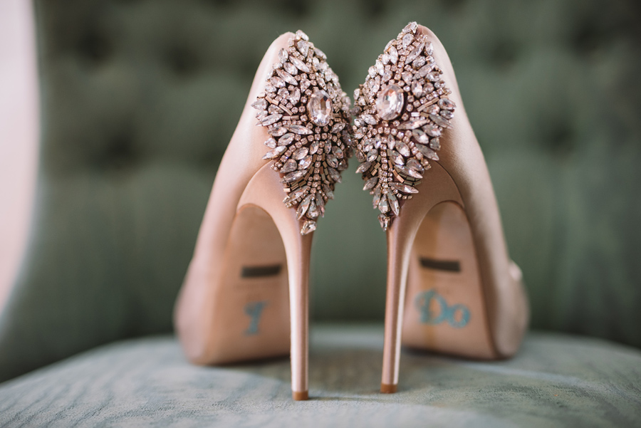 stunning killer bridal shoes