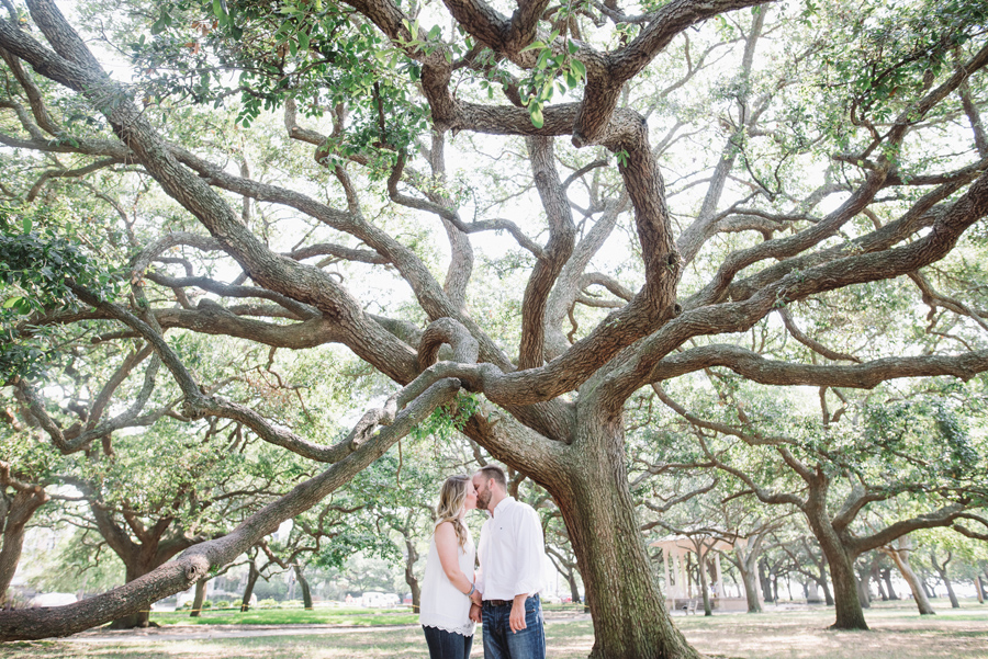 charleston living oaks