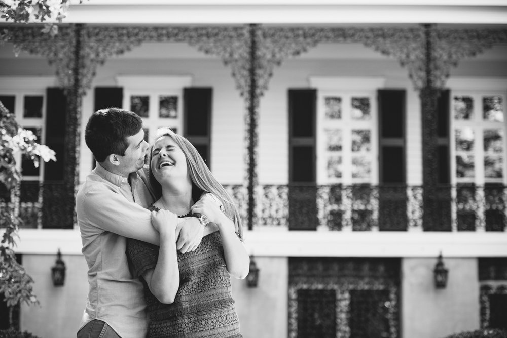 lace-house-engagement-session