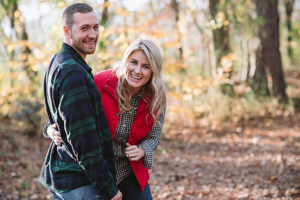 cute fall engagement photos