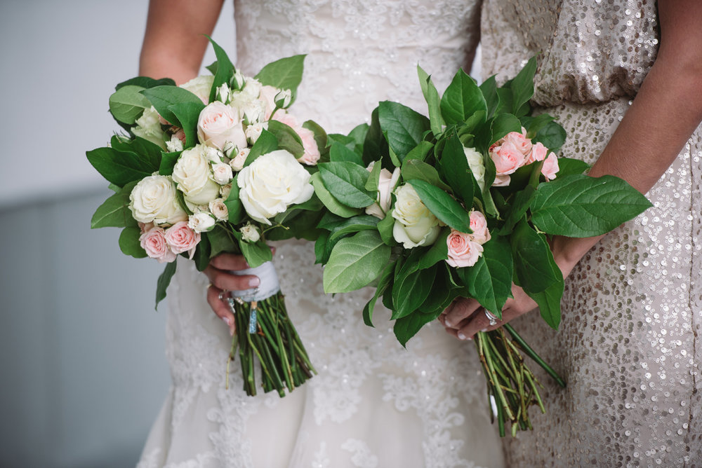 bride and bridesmaid bouquet