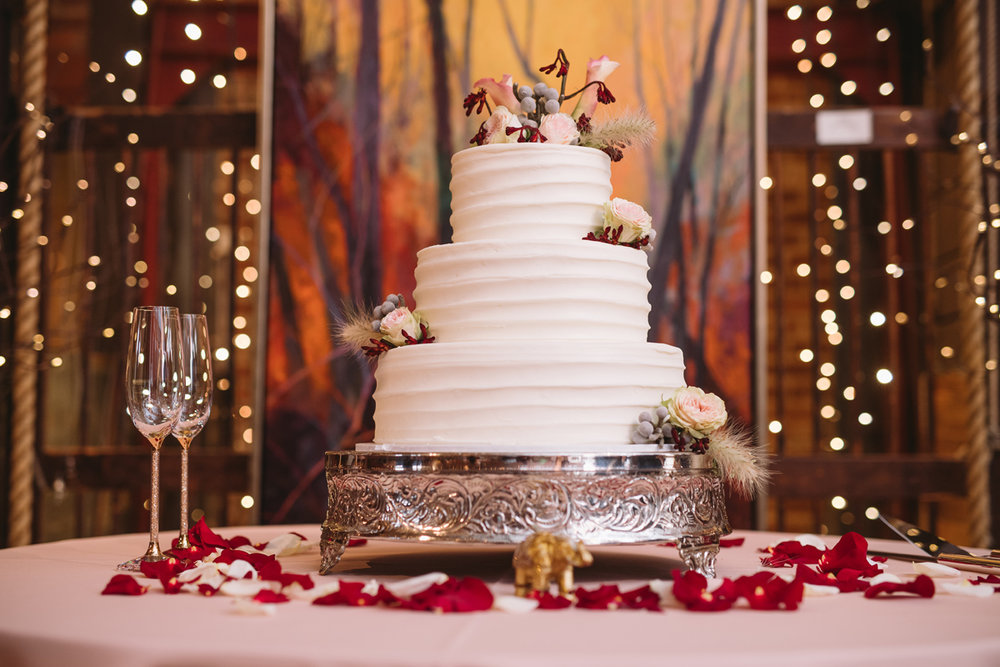 wedding-cake-city-art