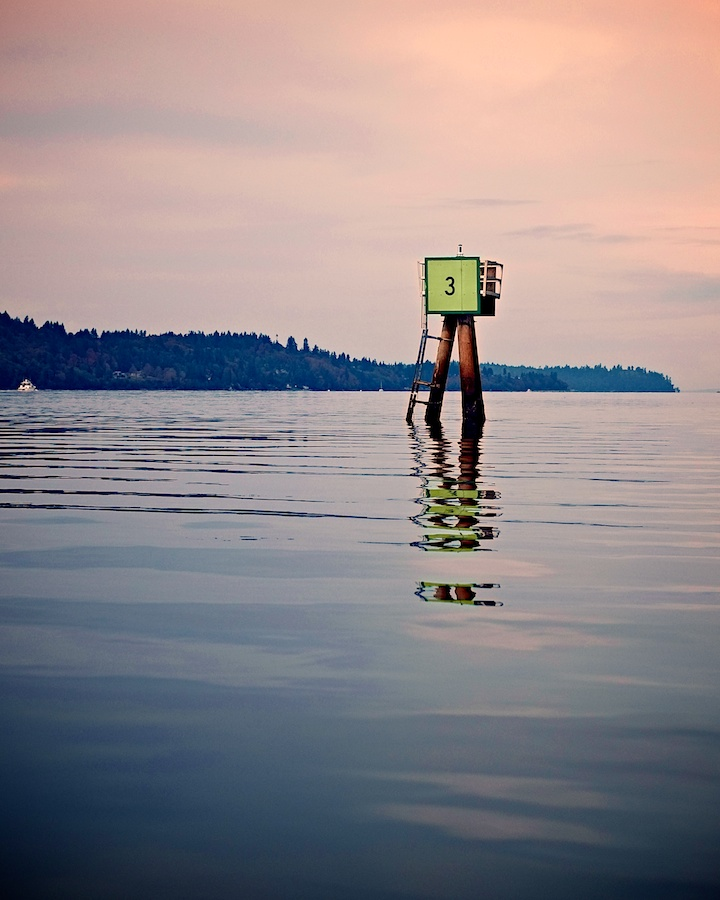 Coming around Vashon Island, Washington - Fujifilm XE-1, XF35mm, ISO 200, f/2.8, 1/4000.