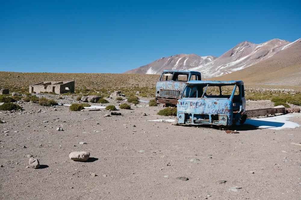 Sur la route de Uyuni (village de mineurs abandonné)  - Bolivie