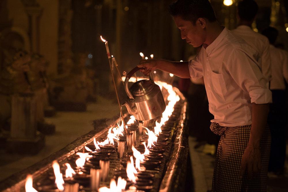 Pagode Shwedagon  - Rangon, Myanmar.