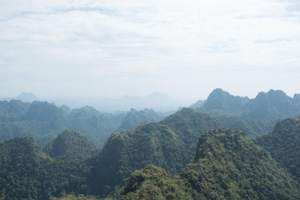 Mont Zwekabin  - Hpa-An, Myanmar.