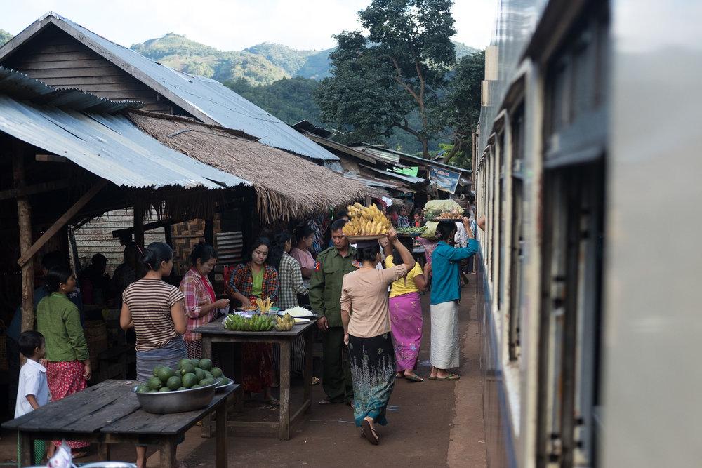 Sur la route de Kalaw  - Kalaw, Myanmar.