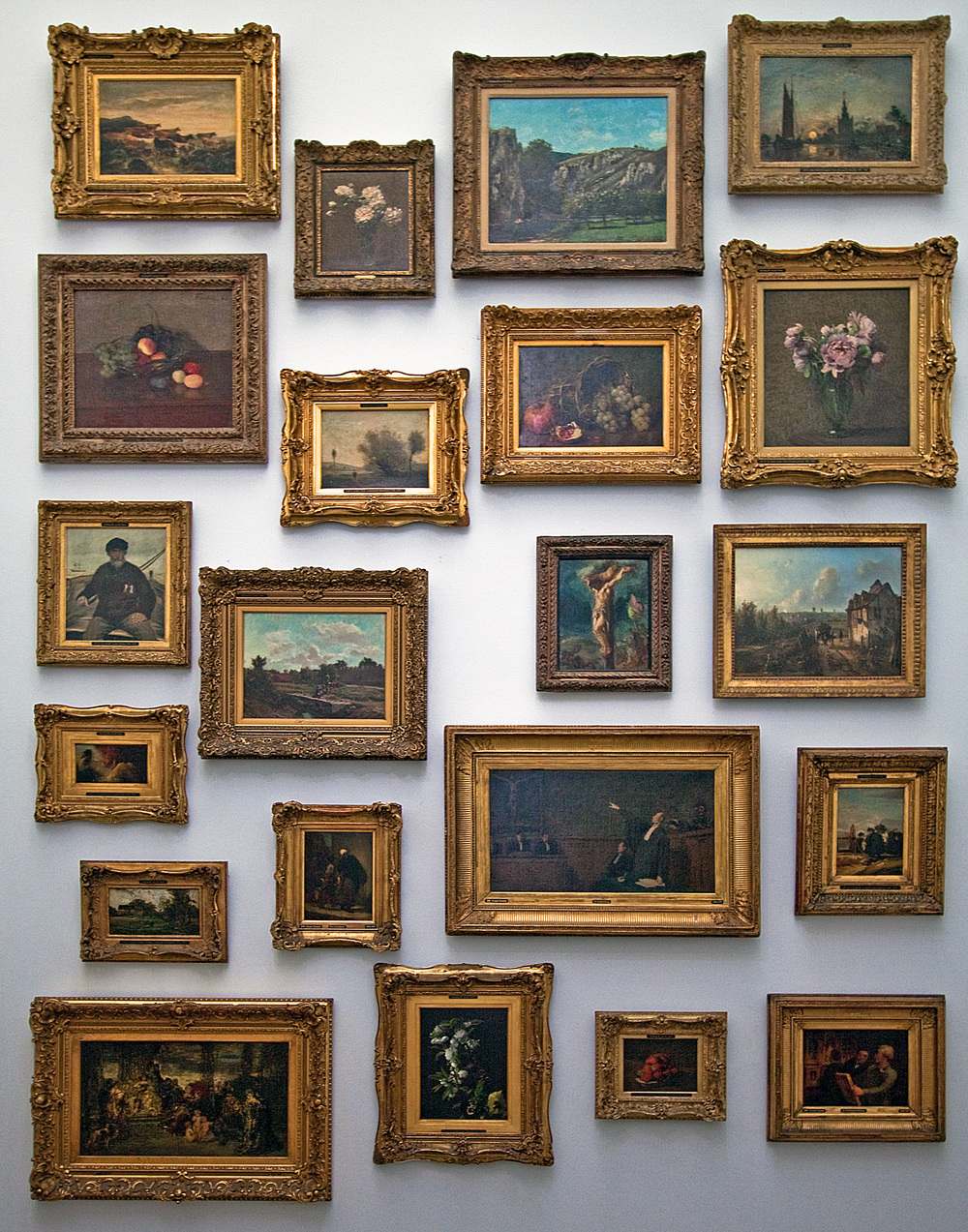 A guide to framing part i a brief history of framing otoole a style typical in the 15th and 16th centuries was broad flat often gilded frames with details of birds fruit military trophies faces jeuxipadfo Images