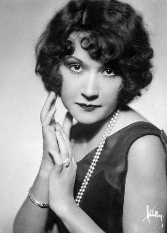 Ethel Glamour puss.jpg
