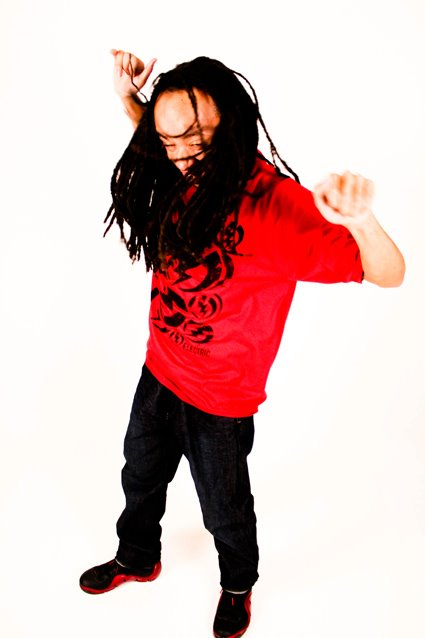 Mike-Mike ZOME (Shaking Dreads).jpg