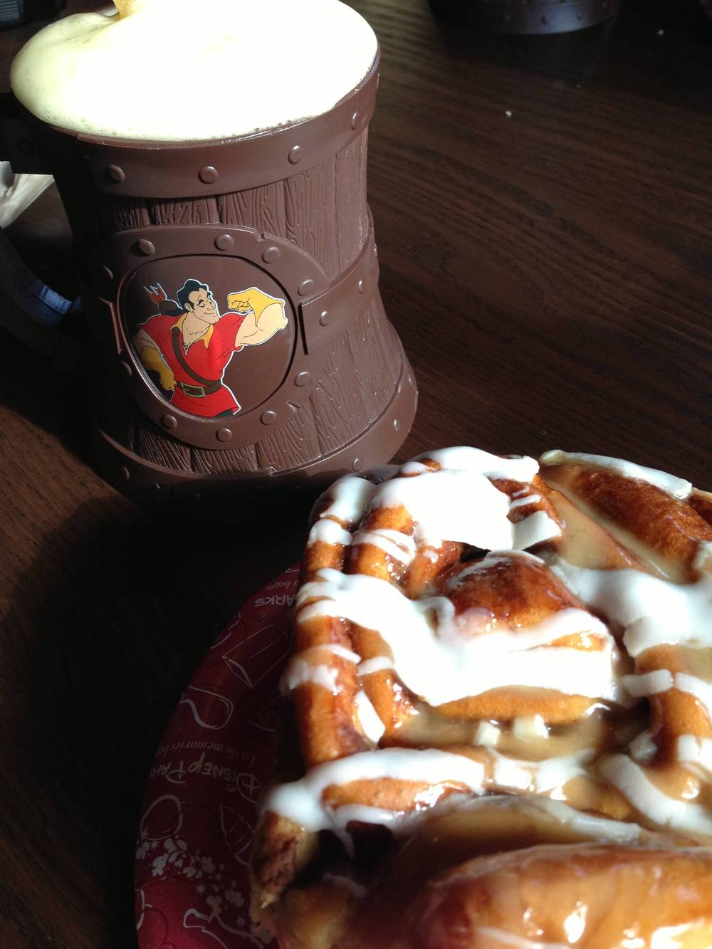 LeFou's Brew and a maple cinnamon roll