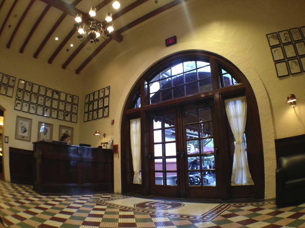 Minimal, classic details in The Hollywood Brown Derby lobby.