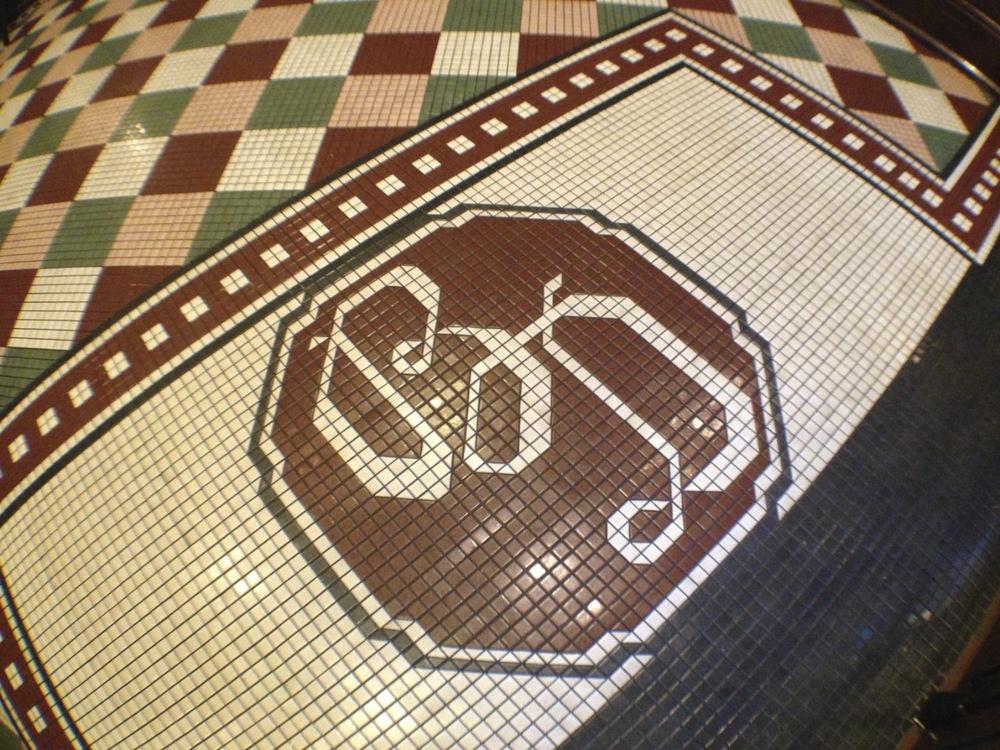 "The ""welcome mat"" for The Hollywood Brown Derby."
