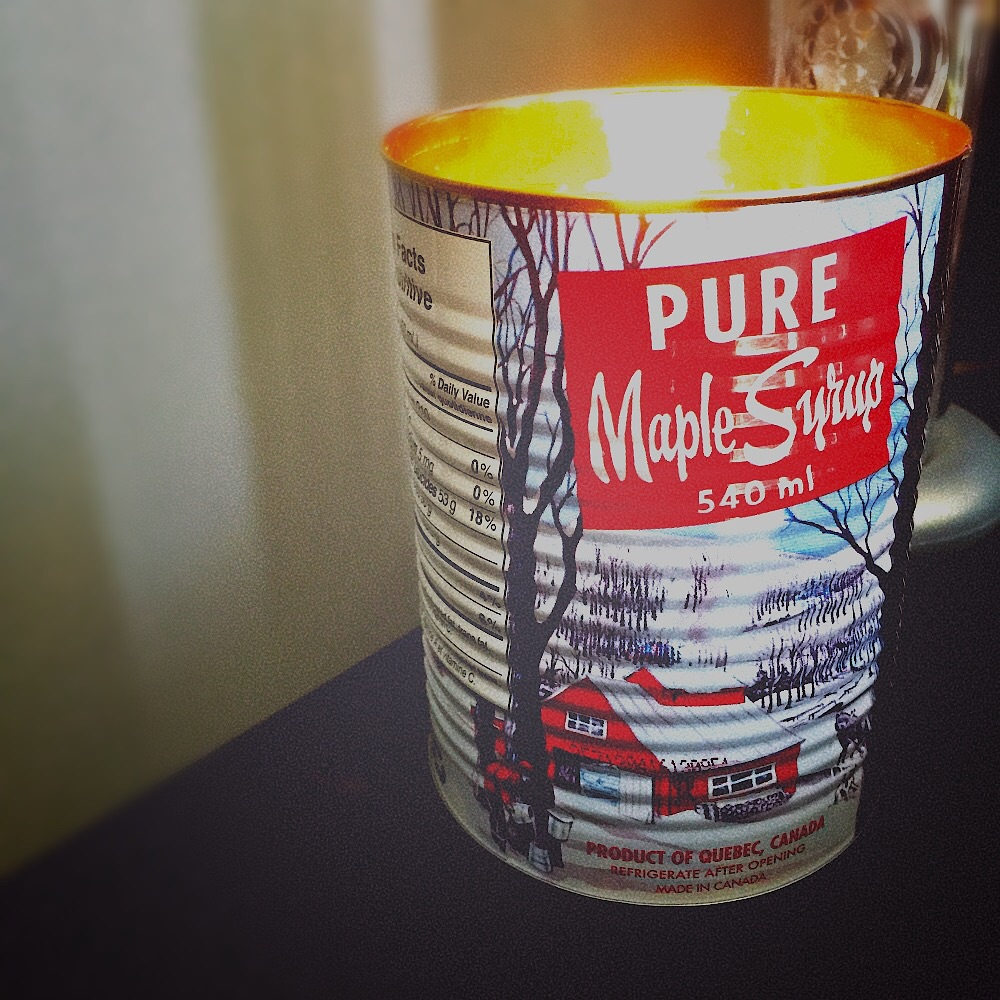 This maple syrup candle smells great and the tin can is beautiful!