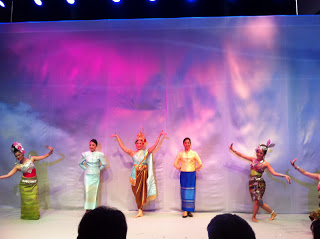 Thai dances to welcome the new Airbus!