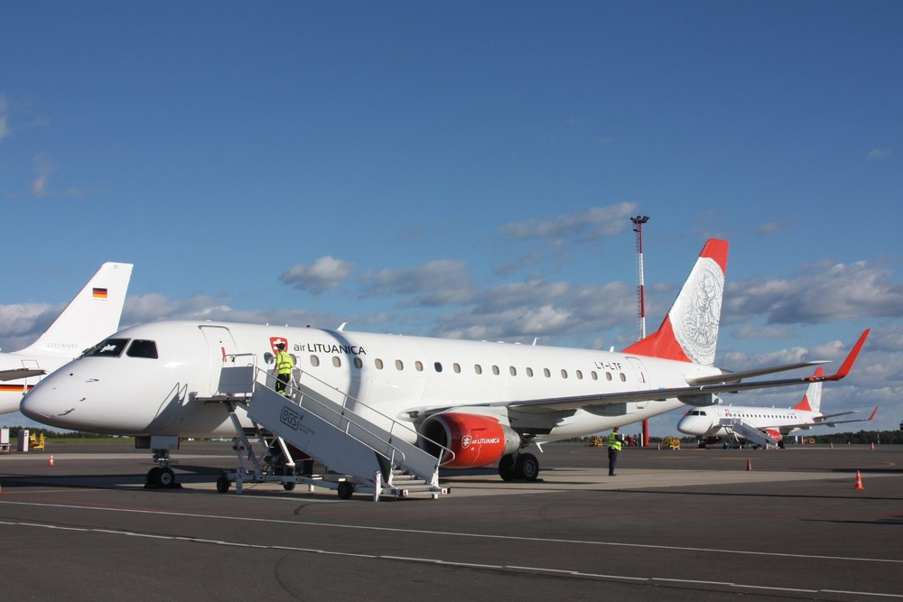 Air Lituanica's second Embraer E175