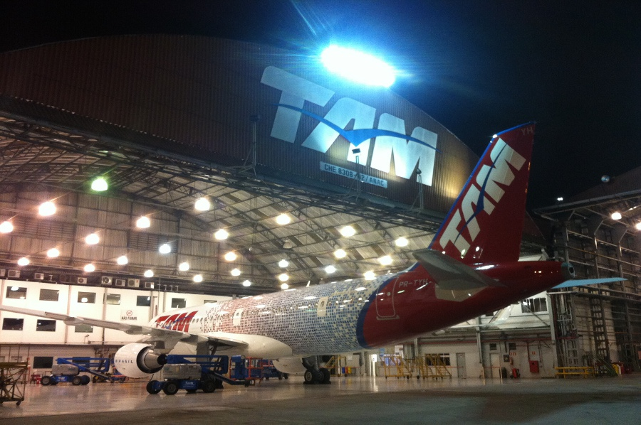 TAM Fidelidade Airbus at the hangar