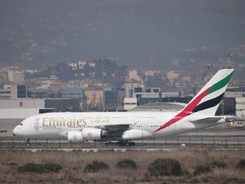 Even from afar, the Airbus A380 is always an impressive sight!
