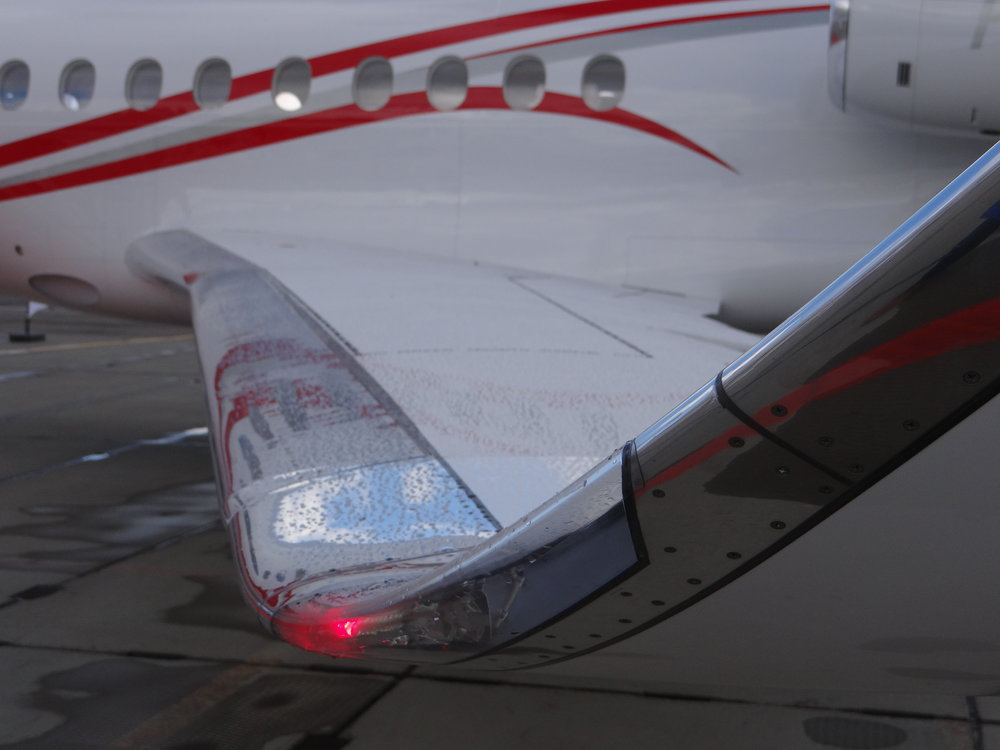 Falcon 7X wing detail
