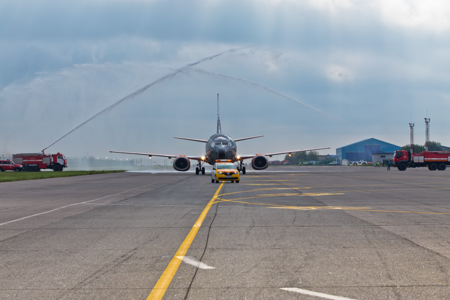 Belavia's World of Tanks Boeing 737 makes its first appearance at Zhukovsky airport