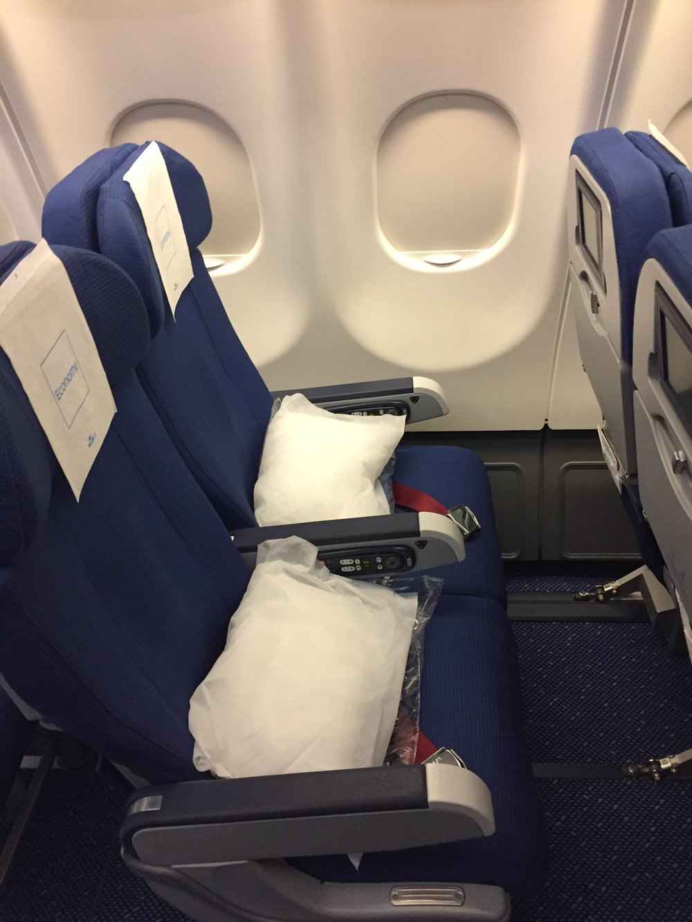 KLM A330 seats.JPG