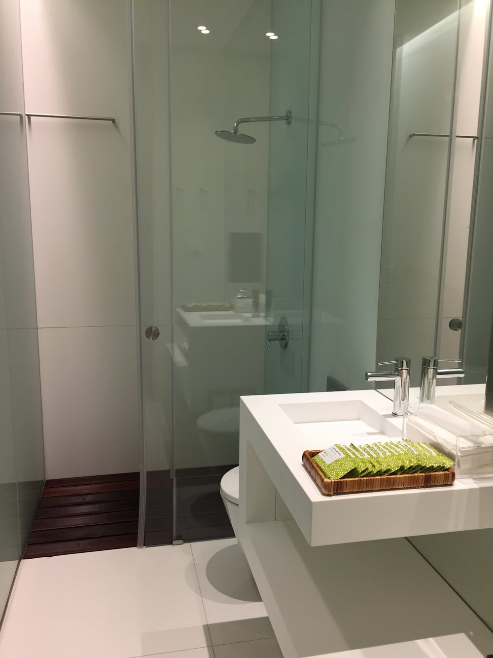 TAP business class lounge shower.JPG