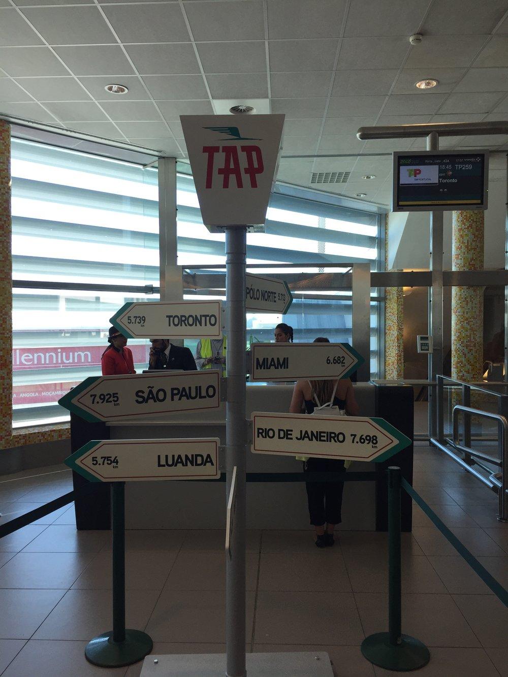 Lisbon airport TAP.JPG