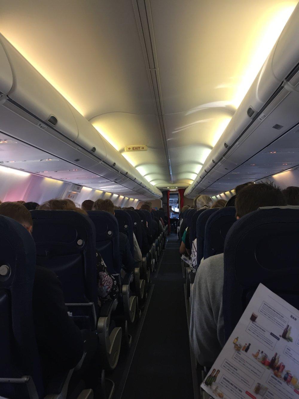 SAS Boeing 737 cabin.JPG