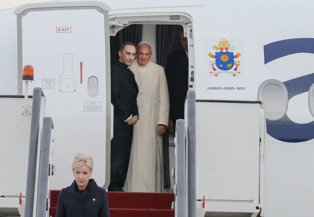 2018_09_24_airBaltic_Pope_Visit_4.jpg