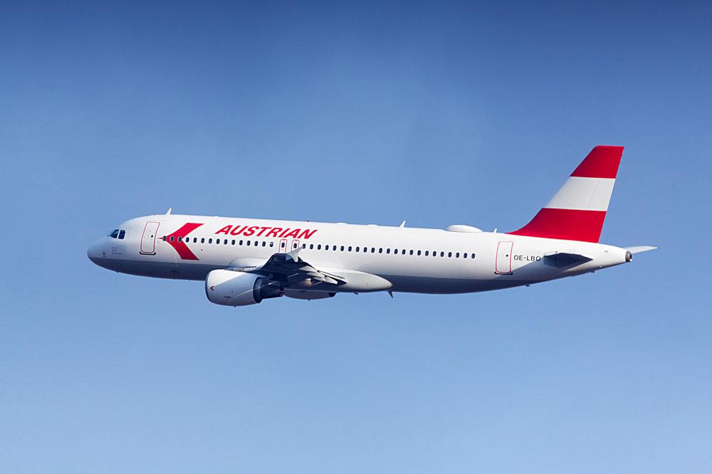 Austrian Airlines_RetroLivery (c) Austrian Airlines_Emmanuel Schawaller.jpg