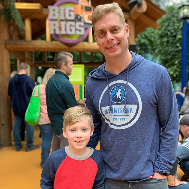Nickelodeon Universe with Uncle Corey!