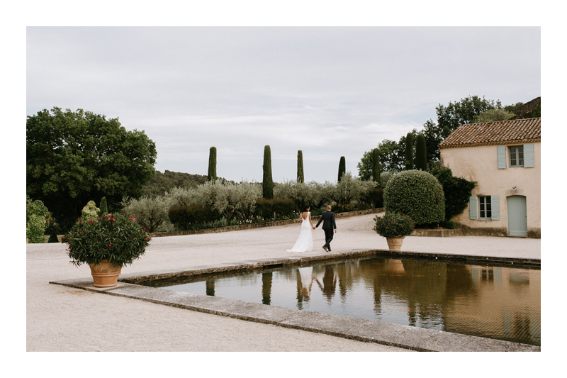 VAL JOANIS, PROVENCE WEDDING